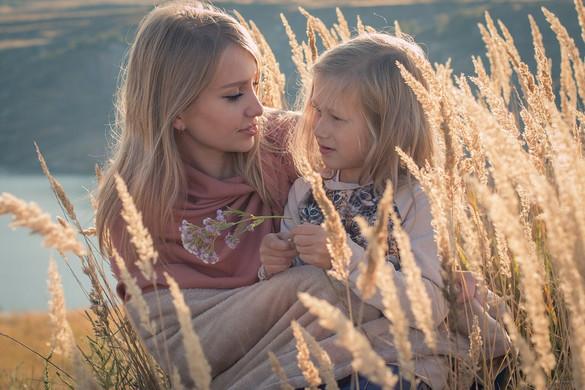 A magasabb képzettségű anyáknak hosszabb életű lesz a gyereke