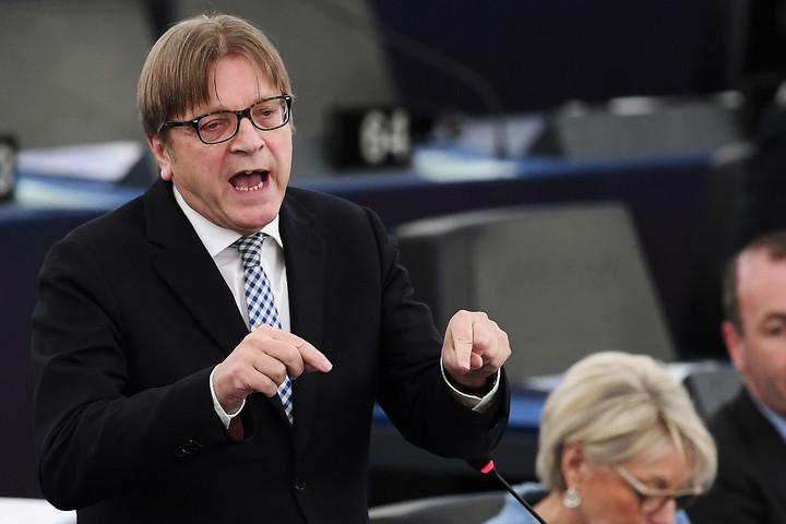 Verhofstadt eurómilliókért lobbizott kétes cégeknek