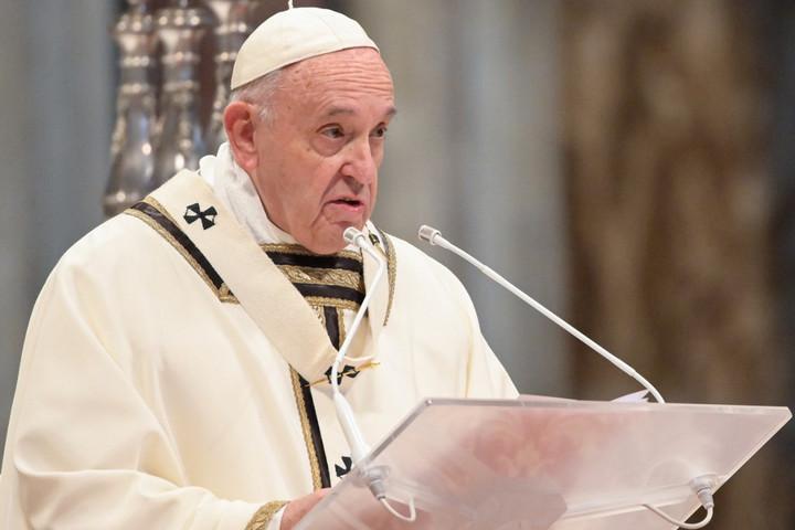 Ferenc pápa: Az egyház ne féljen az egyszerű emberekkel azonosulni!