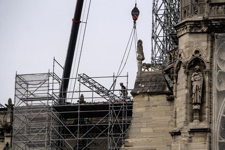 Megkezdték a Notre-Dame környékének ólommentesítését