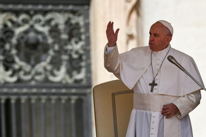 Több mint 25 ezren mennek Magyarországról Ferenc pápa csíksomlyói miséjére
