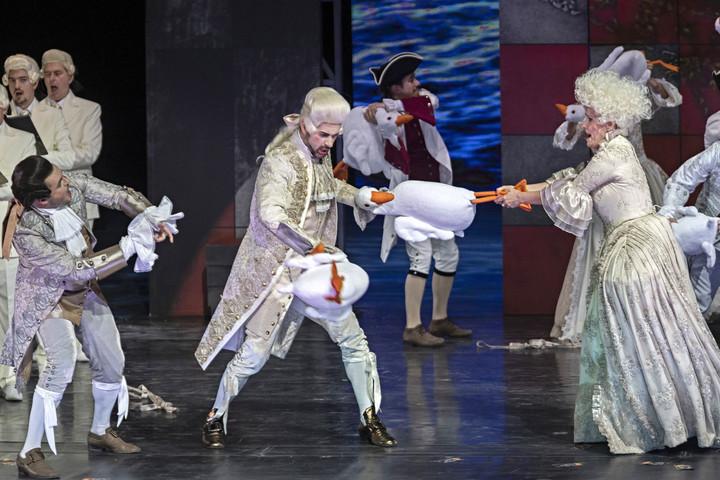 Mozart-opera premierje az Eiffel Műhelyházban