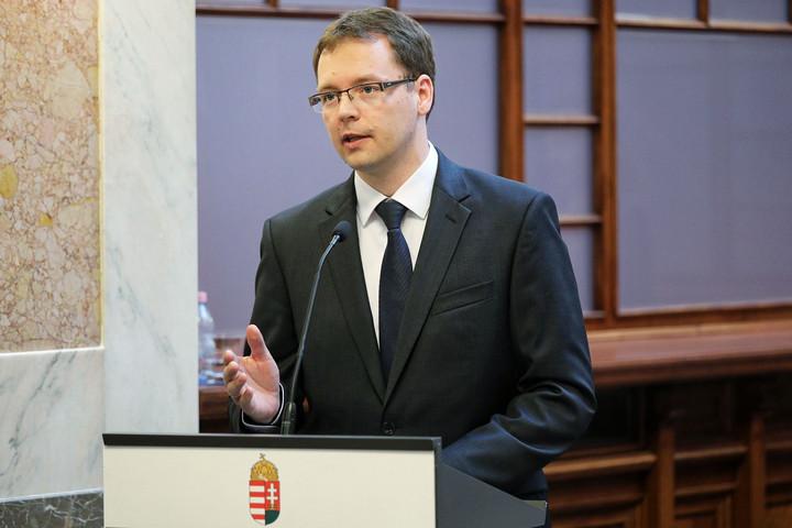 PM-államtitkár: a magyar pénzügy-számviteli környezet versenyelőny