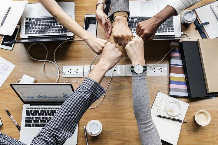 Tízmilliárd forintos program indul startupok támogatására