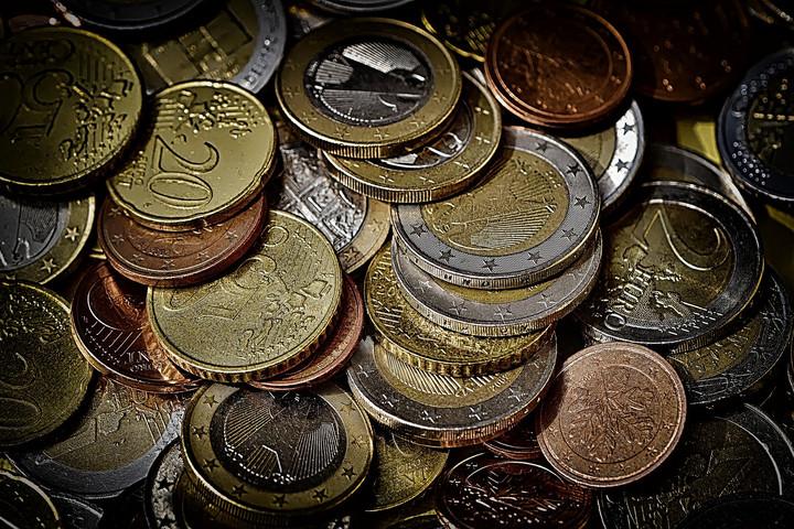 Fidesz: Gyurcsányék alatt nem az euró, hanem a csőd előtt állt az ország