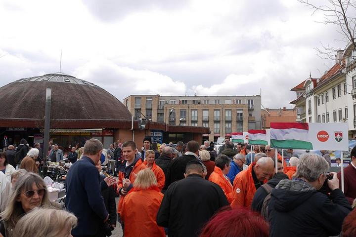 Folyamatosan erősödik a Fidesz