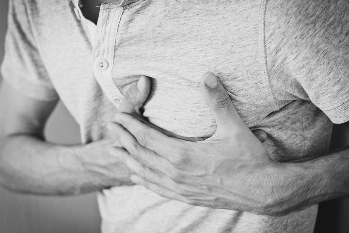 Heti félóra délutáni alvással felére csökken a szívroham veszélye