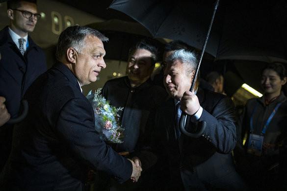 Orbán Viktor megérkezett Kínába