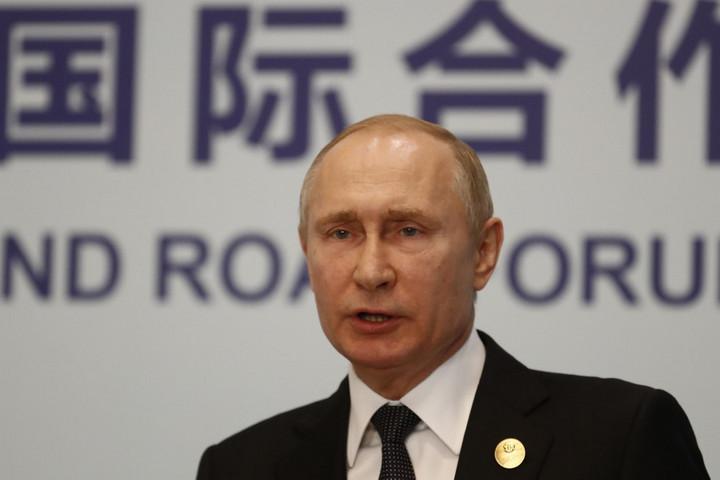 Oroszország megkönnyítené az állampolgárság megszerzését az összes ukránnak