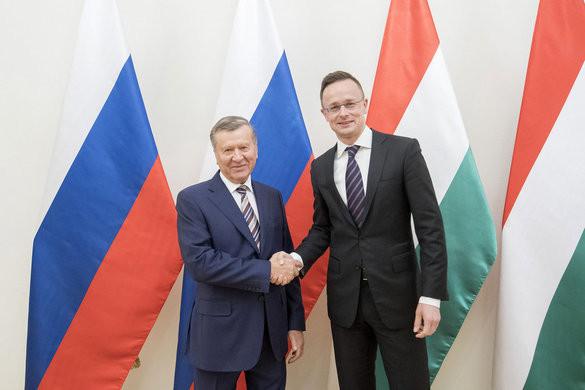 Szijjártó Péter a Gazprom igazgatótanácsának elnökével tárgyalt