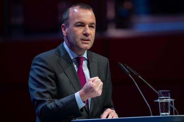 Weber: Magyarország rossz irányba tart