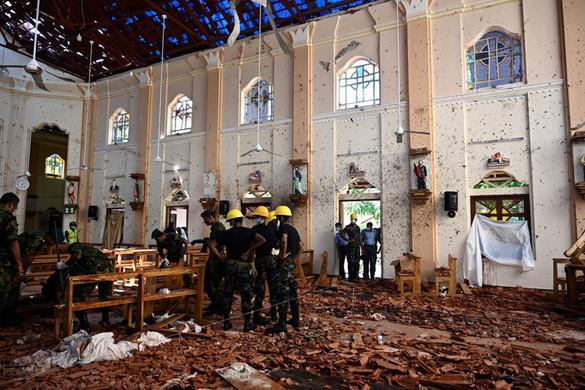 Tovább emelkedett a Srí Lanka-i merényletek áldozatainak száma