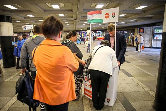 Mozgósító a Fidesz aláírásgyűjtése