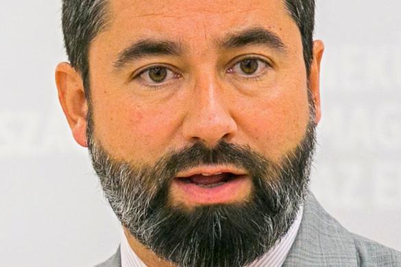 Fidesz: A szocialisták hívják vissza Bangónét!