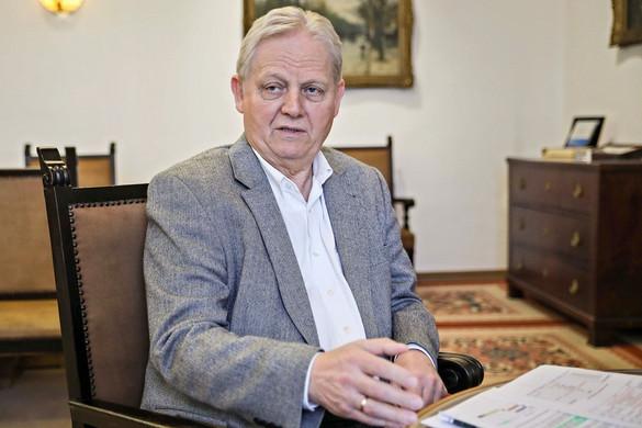 Esélytelenek az ellenzék jelöltjei Tarlóssal szemben