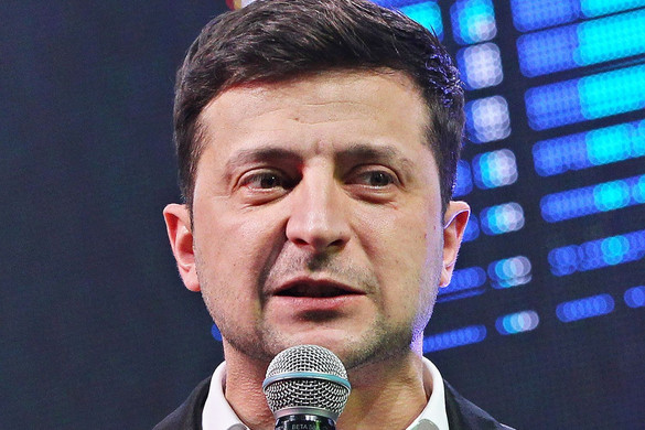 Zelenszkij kezdeményezni fogja az ukrán parlament feloszlatását
