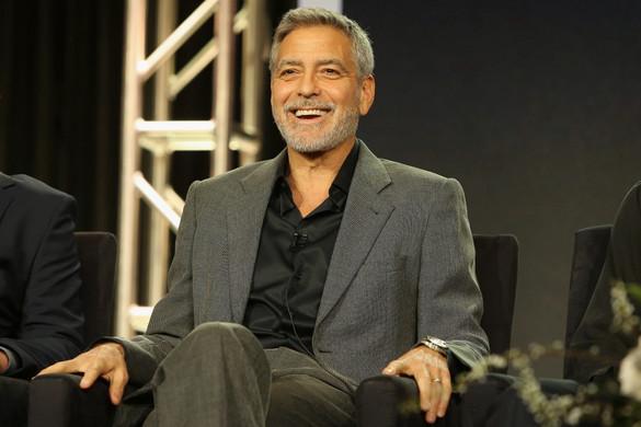 George Clooney filmet forgat az anyai ágon magyar származású autógyártóról