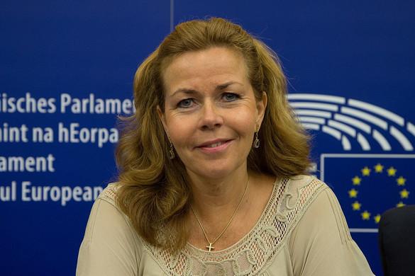 Adócsalókat segített Soros brüsszeli embere