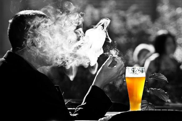 Növeli a dohányzásra való hajlamot a szomorúság