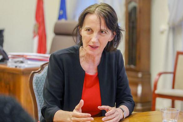 Horváth Ildikó: Júliustól, majd 2020-ban és 2022-ben is tovább emelkedik az ápolók bére