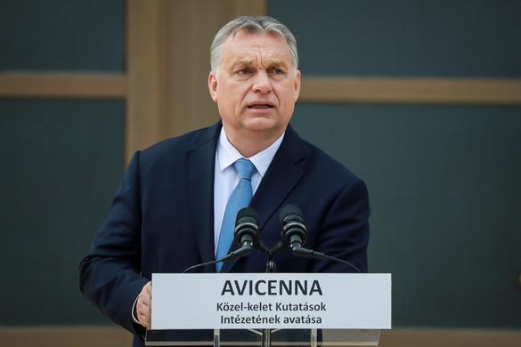 Orbán Viktor: Európa civilizációs válságot él át, a Kelet Nyugatra jött