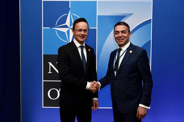 Szijjártó: Magyarország erején felül járult hozzá a NATO sikeréhez