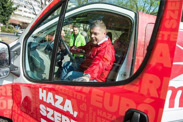 Az MSZP vezetői szerint Gyurcsány a szocialistákat akarja legyőzni