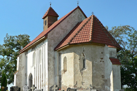 Dunaújfalu román kori temploma