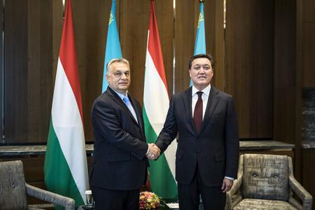 Kazahsztánban tárgyal Orbán Viktor