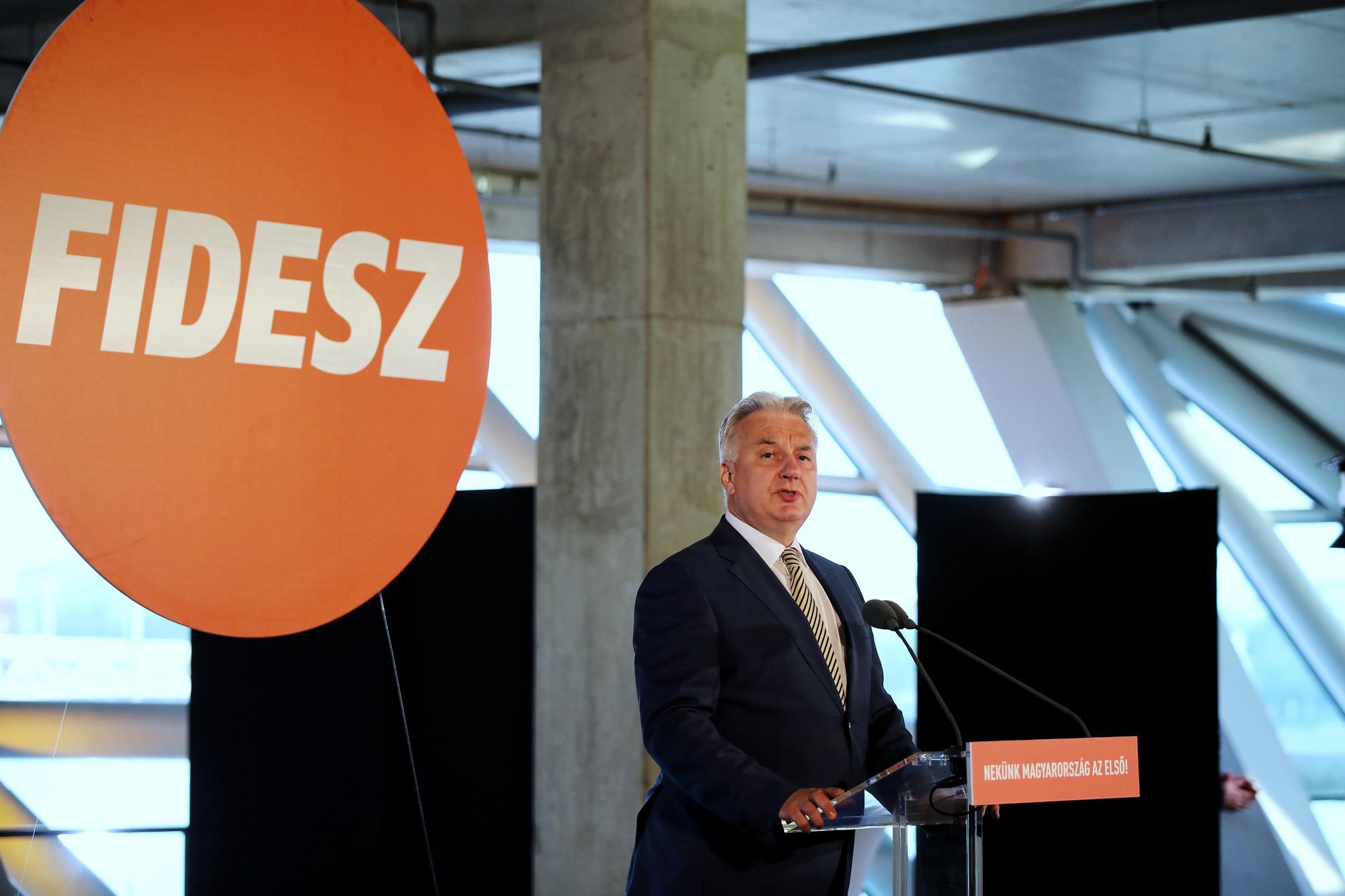 Semjén Zsolt miniszterelnök-helyettes is köszönetet mondott