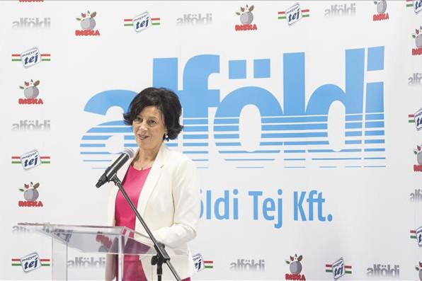 Rózsás Mónika, az Alföldi Tej Kft. ügyvezető igazgatója