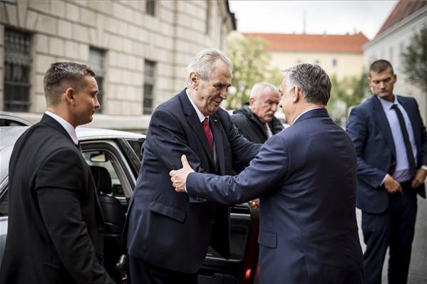Orbán Viktor kormányfő fogadja Milos Zeman cseh köztársasági elnököt
