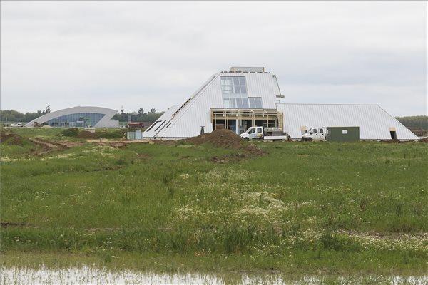 A zalaegerszegi járműipari tesztpályához kapcsolódóan épülő Smartfield kutatóközpont 2019. május 17-én