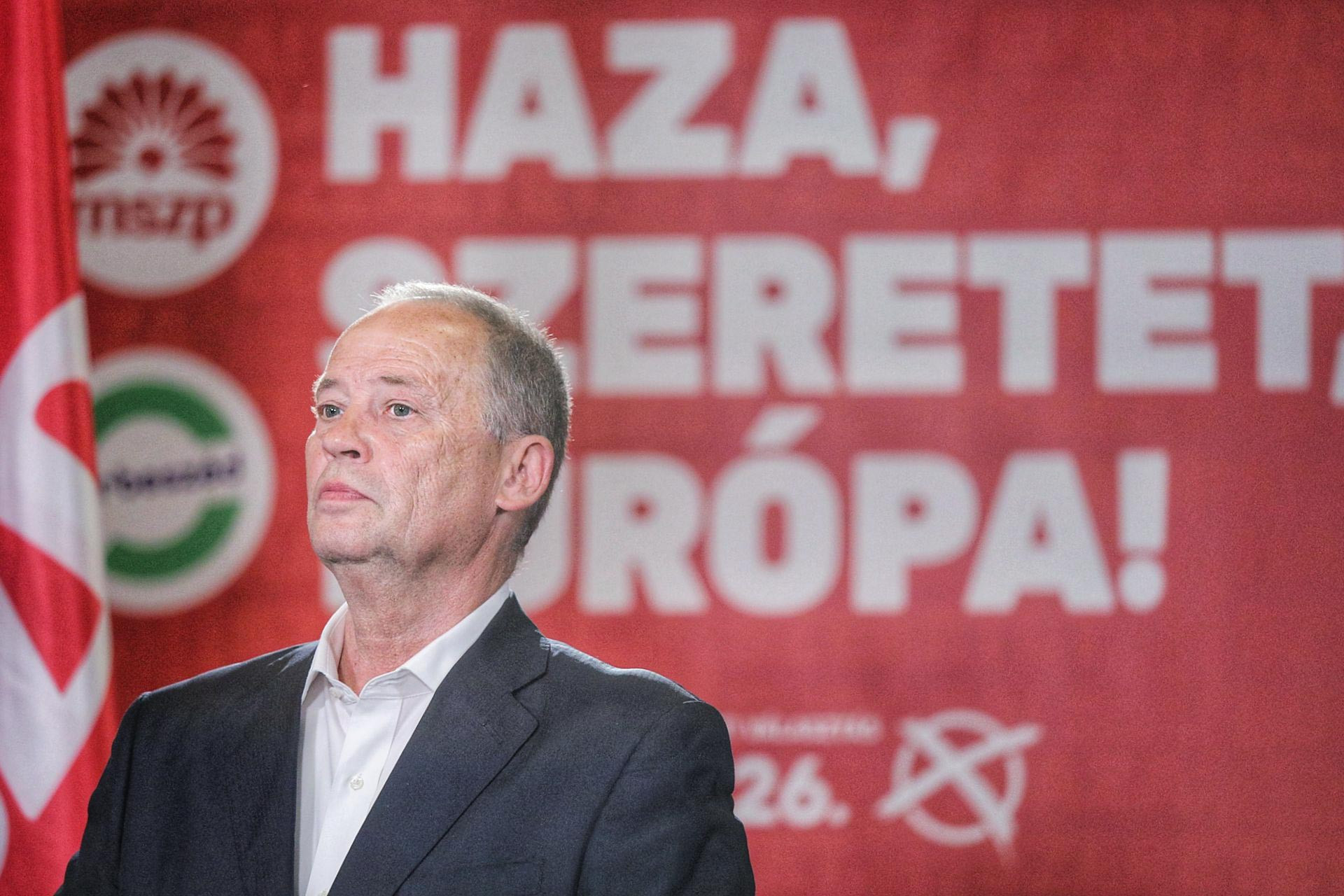 Ködös jövő. Egyelőre nem lehet tudni, hogy kit küld Brüsszelbe a szocialista párt, a majdani képviselő személyéről az MSZP választmánya fog dönteni