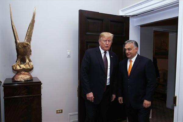 Donald Trump amerikai elnök fogadja Orbán Viktor miniszterelnököt