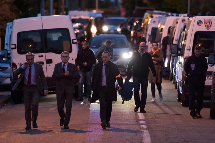 Őrizetbe vették a franciaországi fegyveres túszejtőt