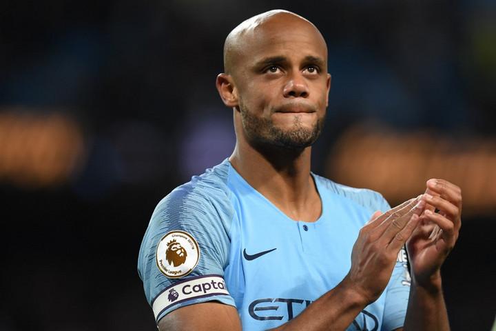 Kompany elhagyja a Manchester Cityt