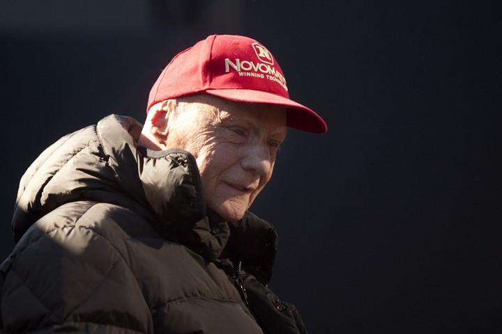 Elhunyt Niki Lauda