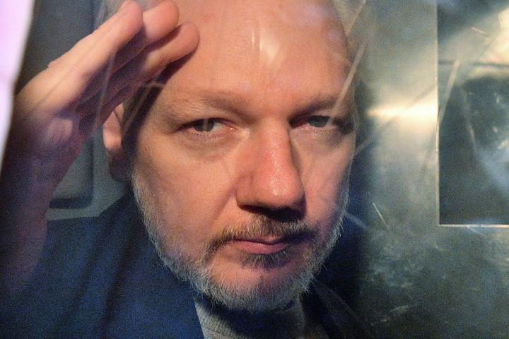 Újraindították a nyomozást a Wikileaks alapítója ellen