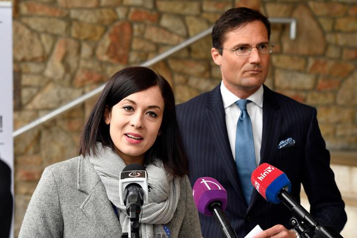 Fidesz: Az ellenzék a hatalomért és a pénzért tényleg mindenre képes