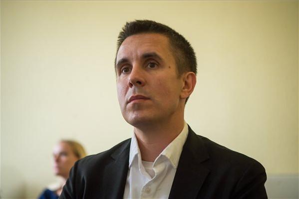 Az NVB nem függesztette fel Czeglédy Csaba mentelmi jogát