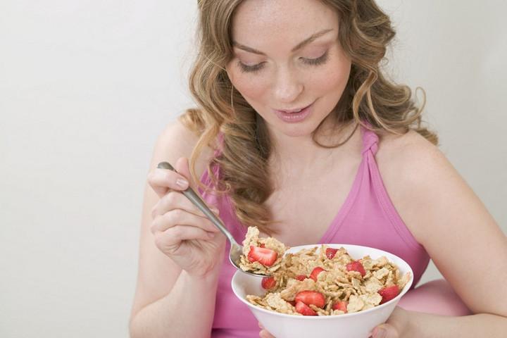 Krónikus bélbetegségben szenvedők állapotán is segít az eper