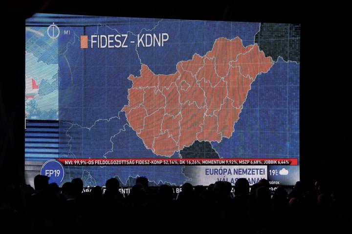 Médianéző: A Fidesz kevesebb pénzből többet ért el az ellenzéknél