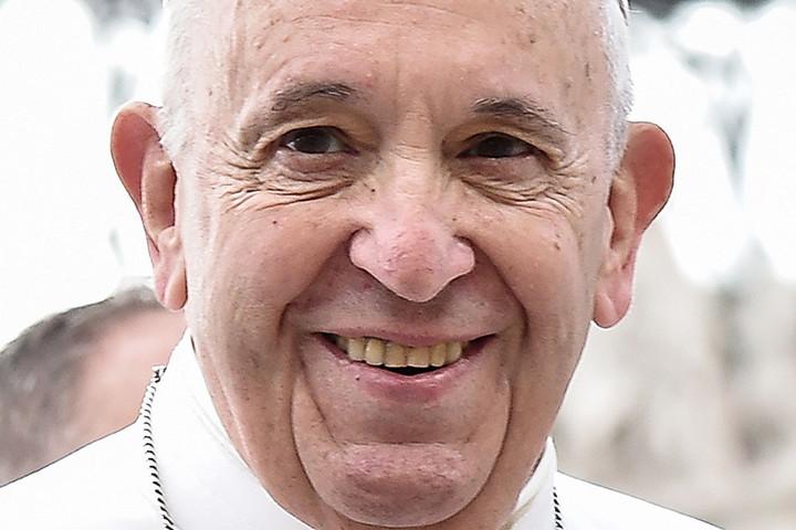 Ferenc pápa vezette a hagyományos pünkösdi virrasztást