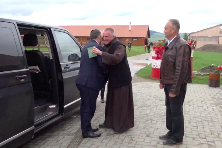 Orbán Viktor meglátogatta Böjte Csabát
