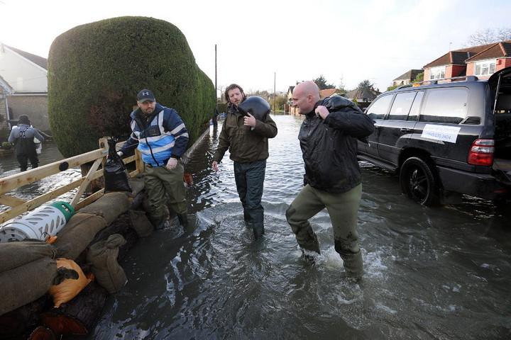 Száz éven belül víz alá kerülhet London, New York és Sangháj