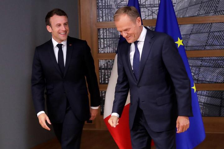 Macron nem támogatja, Merkel újra kiállt Weber mellett