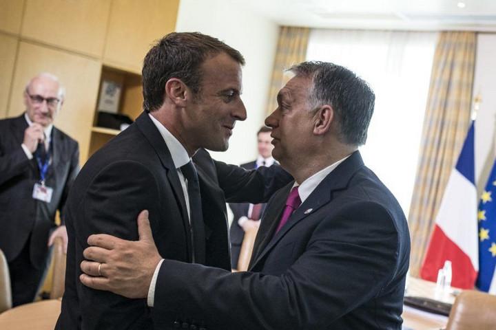 Macron a V4-ek vezetőivel ebédelne