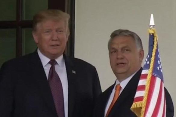 A kormányfő a Facebookon osztott meg képet a Trumppal való találkozásról