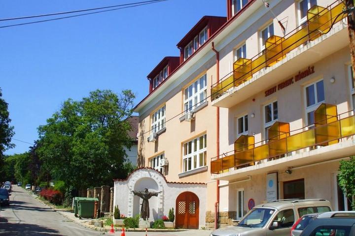 Új épületszárnnyal bővült a Budapesti Szent Ferenc Kórház